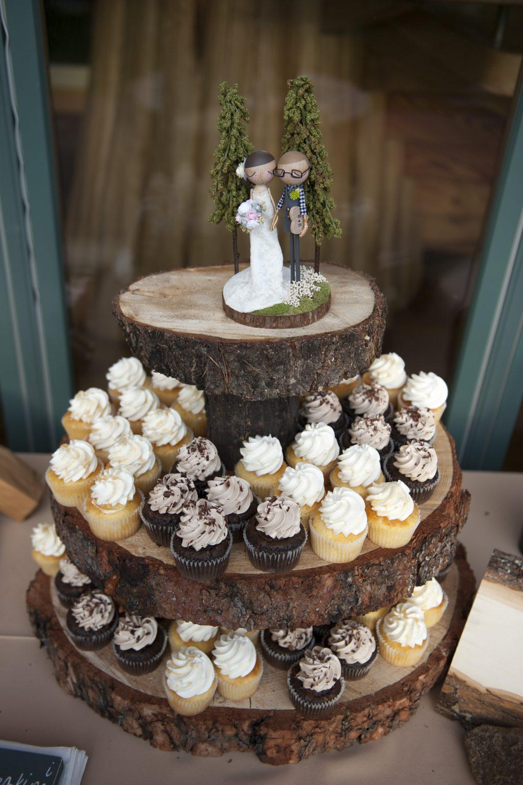 rustic wedding cake and cupcake ideas 38 woodland wedding cakes that will complete your 19519